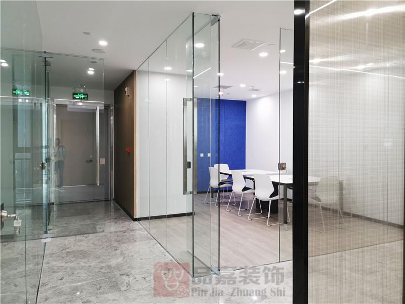 美林律师事务所独立办公室装修实景图